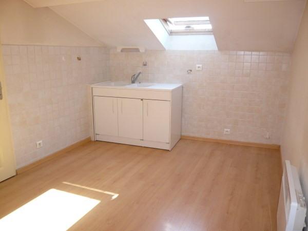 Location appartement Bourgoin jallieu 390€ CC - Photo 2