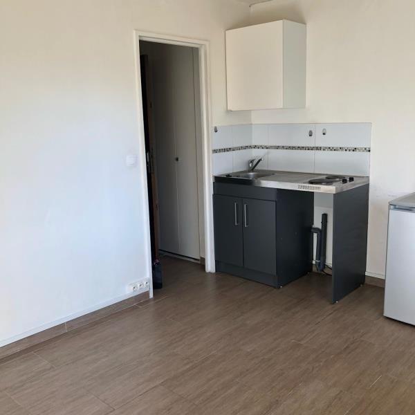 Sale apartment La garenne colombes 147000€ - Picture 3