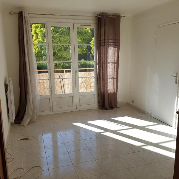Rental apartment Aix en provence 775€ CC - Picture 1