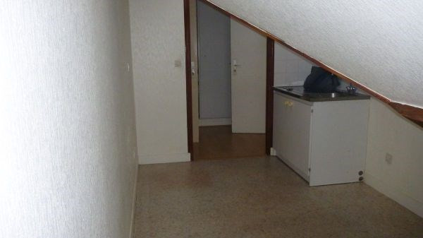 Rental apartment Cerny 577€ CC - Picture 4