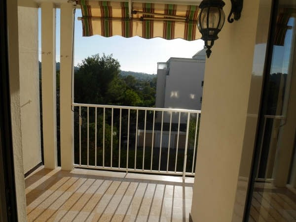 Sale apartment Toulon 160 000€ - Picture 2