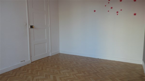 Location appartement Colombes 900€ CC - Photo 3