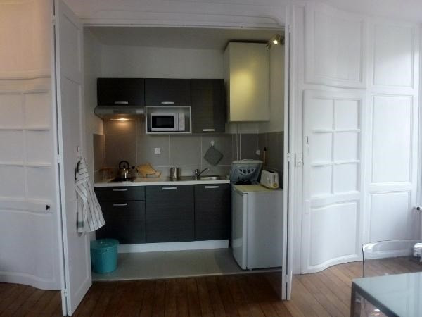 Location appartement Fontainebleau 950€ CC - Photo 7