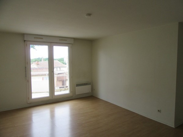 Rental apartment Muret 563€ CC - Picture 3