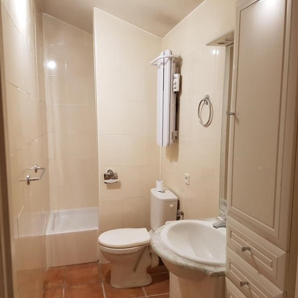 Location appartement Aix en provence 695€ CC - Photo 2