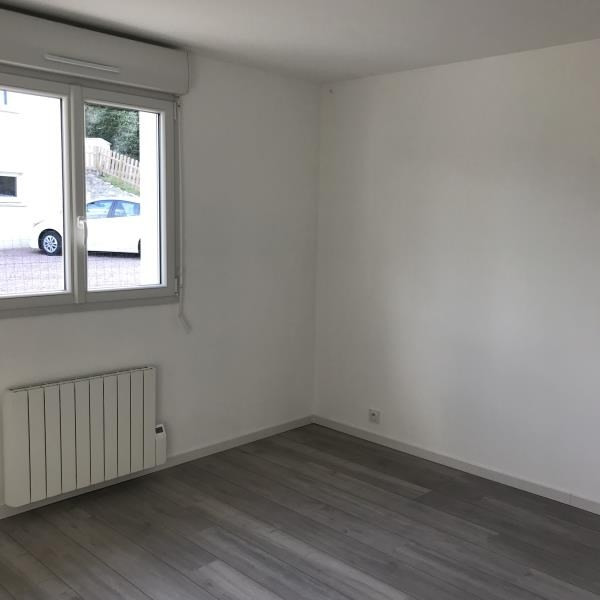 Location maison / villa Saint desir 1 080€ CC - Photo 6