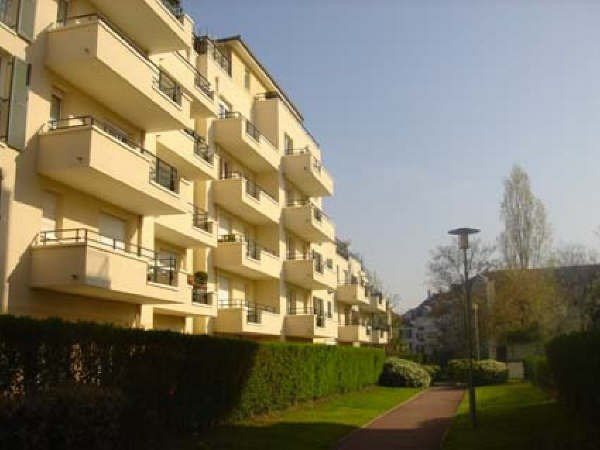 Location appartement Rueil malmaison 1 350€ CC - Photo 2