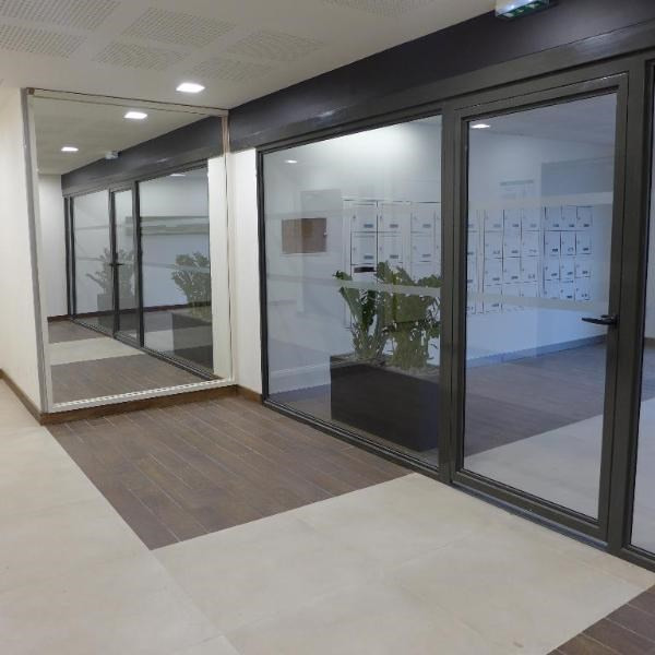Rental apartment Lyon 9ème 730€ CC - Picture 1