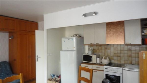 Sale apartment Courbevoie 220000€ - Picture 3