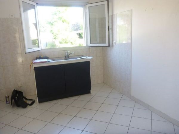 Rental apartment Cerny 890€ CC - Picture 3