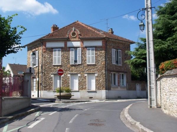 Rental apartment Ballancourt 619€ CC - Picture 1