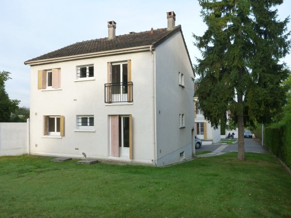 Location appartement Ballancourt sur essonne 755€ CC - Photo 1