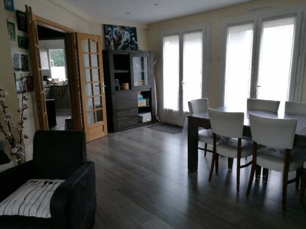 Sale apartment Emerainville 289 000€ - Picture 1