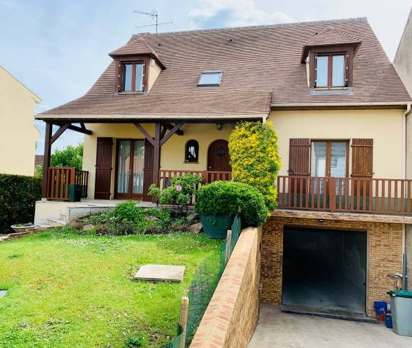 Sale house / villa Sartrouville 585000€ - Picture 1