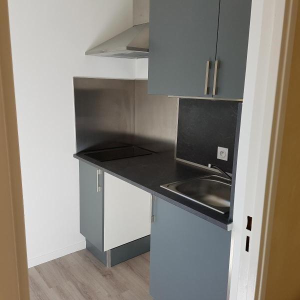 Rental apartment Aix en provence 850€ CC - Picture 3