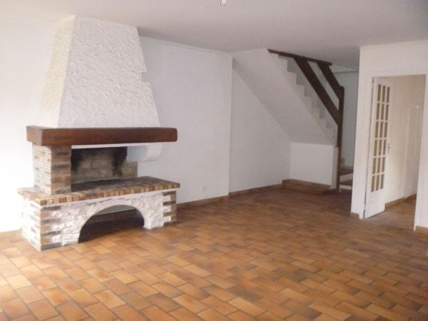 Rental apartment Ballancourt sur essonne 990€ CC - Picture 2