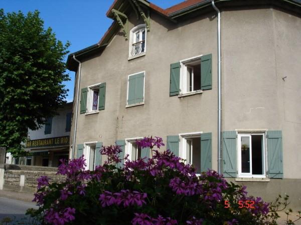 Location appartement Pont de cheruy 635€ CC - Photo 1