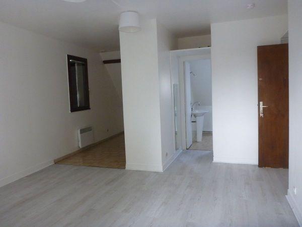 Rental apartment La ferte alais 510€ CC - Picture 3