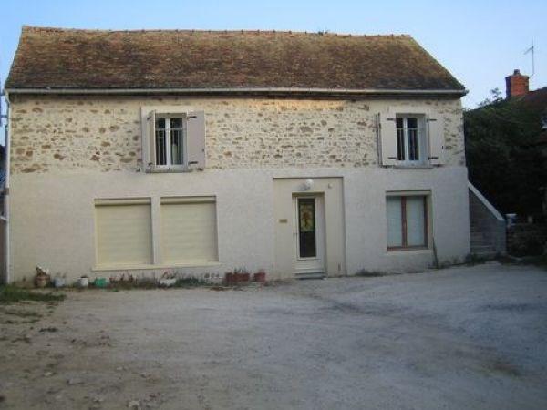Rental apartment Bouray sur juine 678€ CC - Picture 1