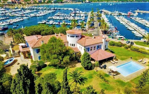 Sale house / villa Cavalaire sur mer 2600000€ - Picture 2