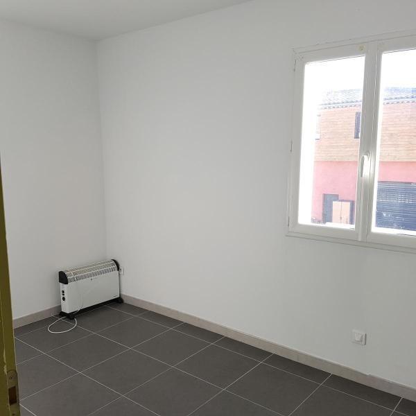Location appartement Eguilles 1030€ CC - Photo 8