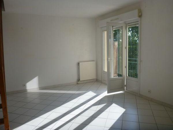 Location appartement Cerny 946€ CC - Photo 2