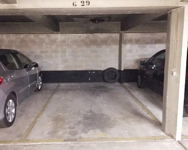 Rental parking spaces Lyon 6ème 120€ CC - Picture 3