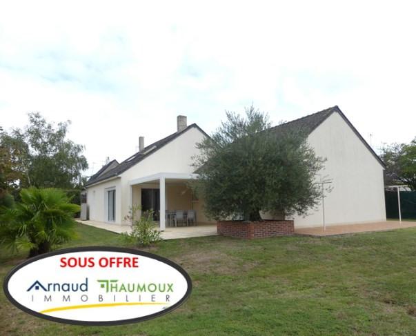 Sale house / villa Saint lambert la potherie 276000€ - Picture 1