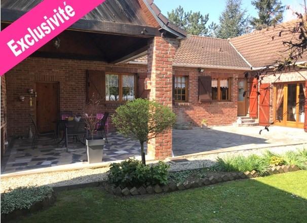 Sale house / villa Laventie 295000€ - Picture 1