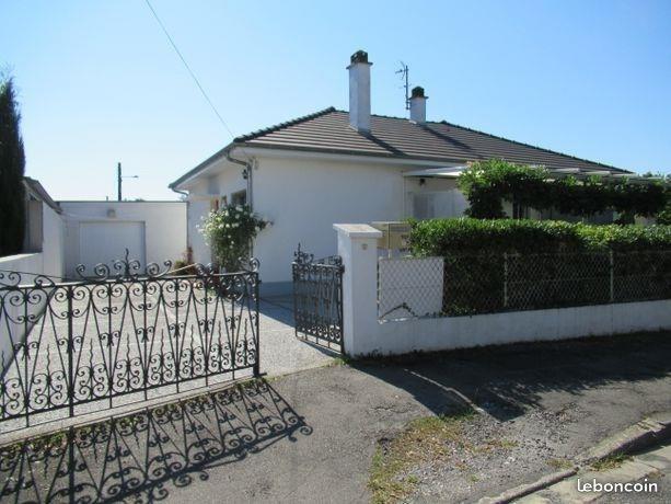 Sale house / villa Lons 245000€ - Picture 1