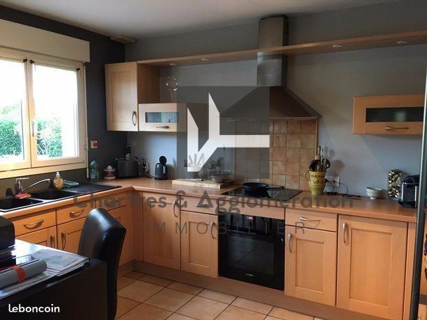 Sale house / villa Barjouville 349000€ - Picture 2