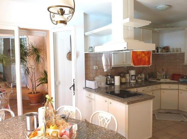 Deluxe sale house / villa Ventabren 696000€ - Picture 7