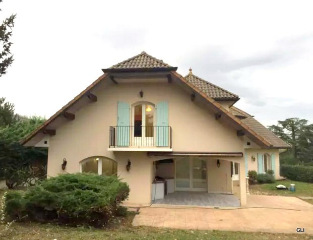 Location maison / villa Beynost 1 950€ CC - Photo 2