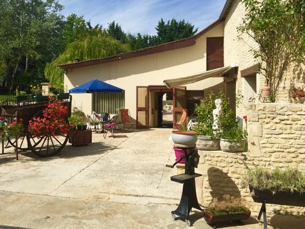 Vente maison / villa St sylvain 349000€ - Photo 4