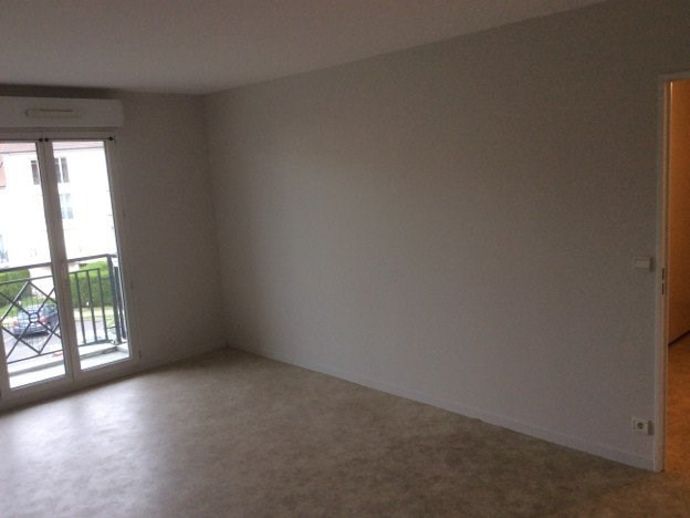 Location appartement Claye souilly 963€ CC - Photo 3