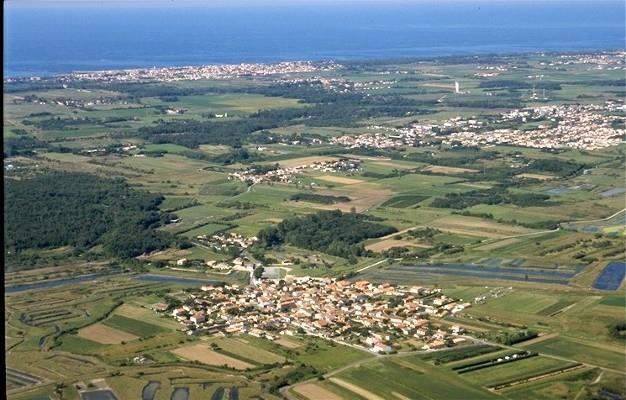 Terrain a bâtir dolus d oleron - 1681 m²