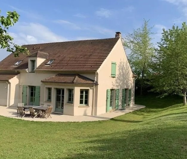 Sale house / villa Orgeval 595 000€ - Picture 1