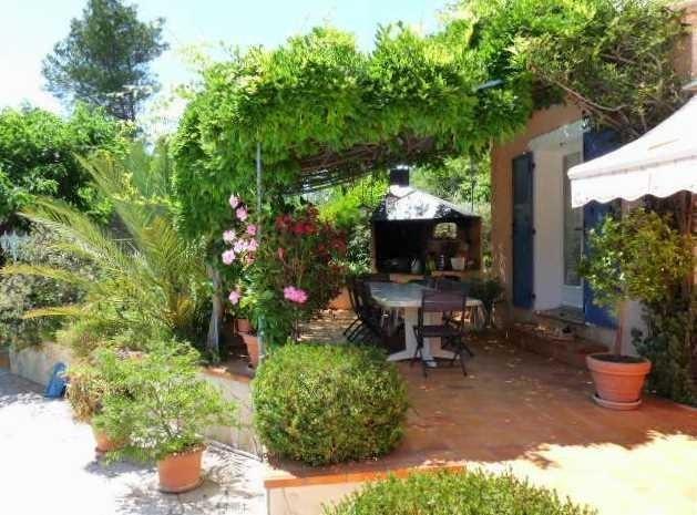 Deluxe sale house / villa Ventabren 696000€ - Picture 3
