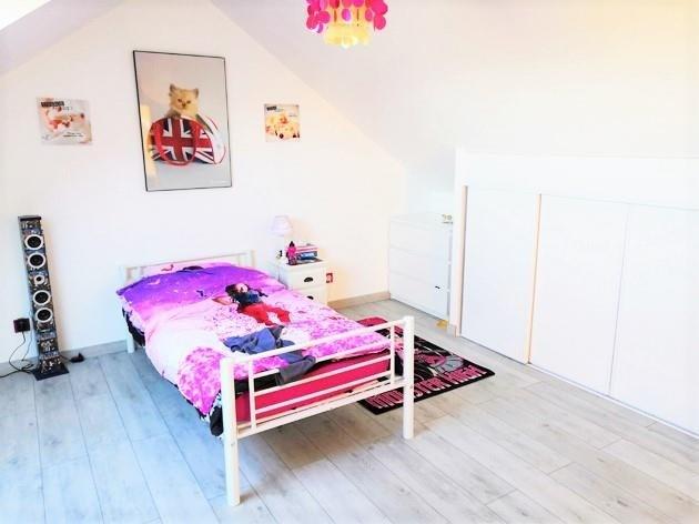 Sale house / villa Les bordes 233900€ - Picture 7