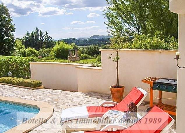 Verkoop  huis Uzes 368000€ - Foto 2