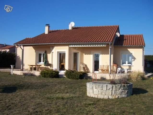 Vente maison / villa Chaspinhac 283000€ - Photo 1