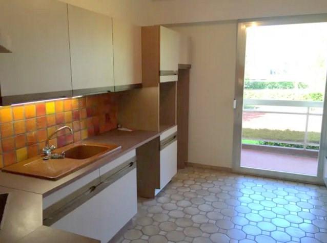 Rental apartment Bron 685€ CC - Picture 4