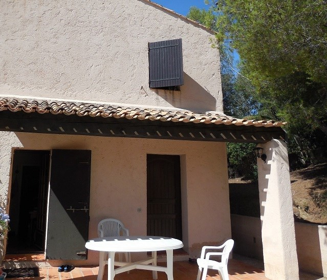 Vacation rental house / villa Les issambres 915€ - Picture 10