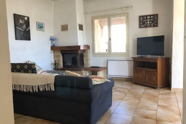 Location maison / villa Les issambres 1 112€ CC - Photo 3