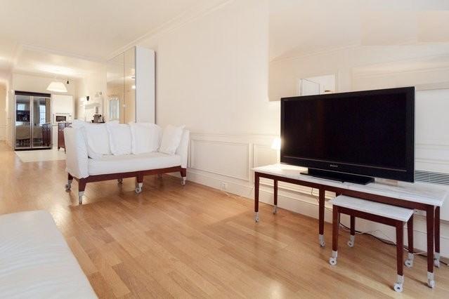 Rental apartment Paris 6ème 4600€ CC - Picture 3
