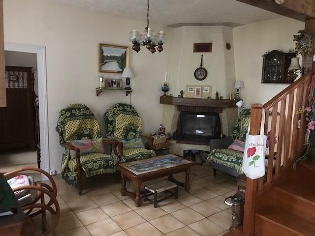 Sale house / villa Aubigny sur nere 82000€ - Picture 4