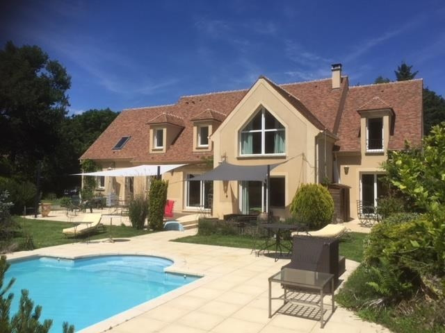 Deluxe sale house / villa Montfort l amaury 1099000€ - Picture 1