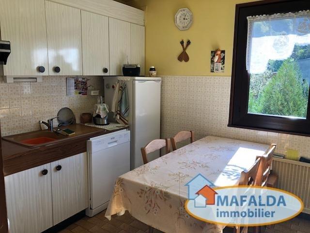 Sale apartment Cluses 149000€ - Picture 1