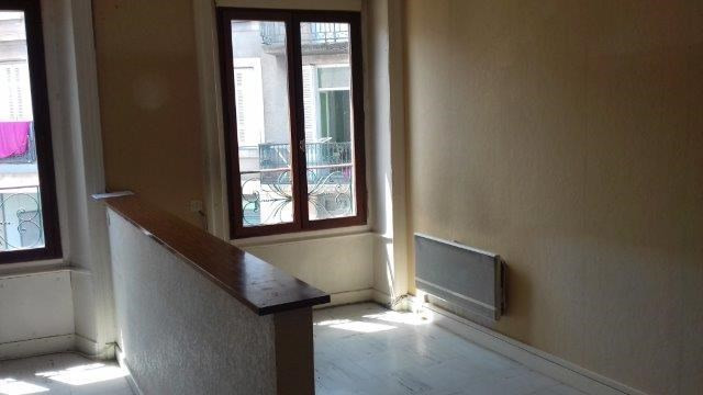 Sale apartment Sury-le-comtal 44 000€ - Picture 2