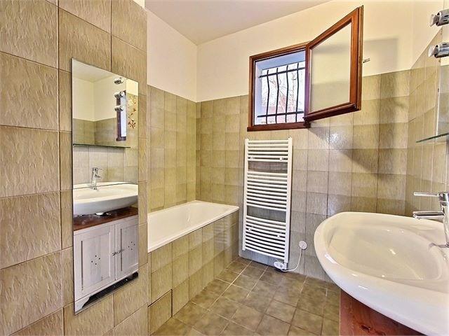 Rental house / villa Viuz-la-chiesaz 970€ CC - Picture 8